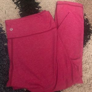 Lululemon leggings/Capri Pants (12)